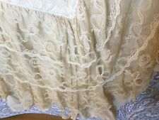 GORGEOUS ANTIQUE FRENCH TAMBOUR LACE BEDSPREAD DUVET COVERLET SATIN BACK IVORY