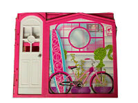 Barbie 2009 Glam Vacation Beach House Fold Out Doll House Mattel w/Accessories