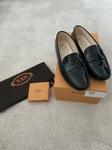 tods loafers In Black Patent Leather