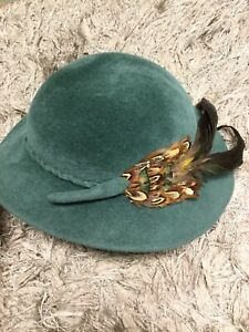 Vintage Green Rabbit Hair Feathered Hat