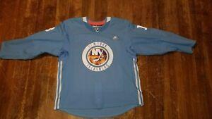 New York Islanders Mathew Barzal Jersey Practice Game Worn sz 56 adidas Calder