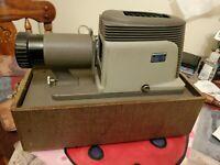 Vintage Argus Slide projector ~ Model 200