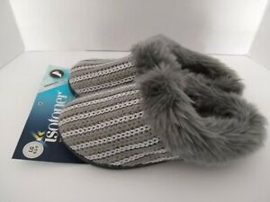 New Isotoner Silver/Gray Faux Fur Slippers House Shoes Women's Size LG 8.5-9