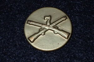 WW2 US Army 7th Infantry Enlisted Branch Collar Insignia Device Salesman Sample