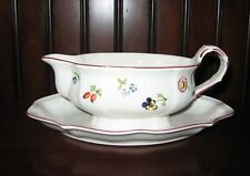 Vintage Villeroy & Boch Depuis 1748 Gravy Boat with attached Underplate EUC