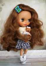 Custom Blythe doll with outfit + additional set of clothes, dark skin, ooak