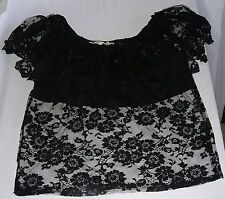 80s Vintage French Vicky Valere lace sleeveless top with solid modesty panel