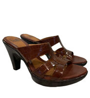 Sofft Patent Leather Sandals Heels 8 M Croc Embossed Slip Ons Open Toe Brown EUC
