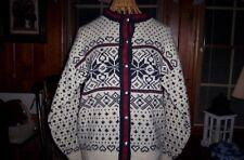 Cardigan Vintage LLBean Nordic white Med. heart/snowflake pattern red/blue,