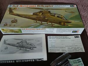 Vintage 1969 Revell Bell Huey Cobra Helicopter Model 1:32 Scale Vietnam Conflict