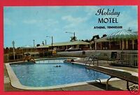 ATHENS TN  HOLIDAY MOTEL  POOL OLD CARS LAWN CHAIRS    POSTCARD
