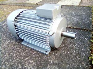 Elektromotor  4,0 Kw    1450  U/min    Welle 28 mm  220/380 Volt