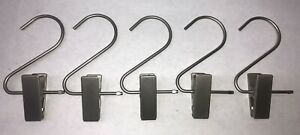 HANG ALL CLIPS, LAUNDRY CLIPS, BOOT CLIPS, METAL (LOT OF 30)