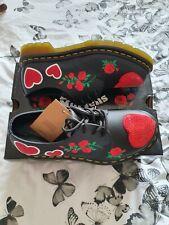 Dr Martens Black Red Floral/hearts Doc Docs Size Uk 4 BNWB