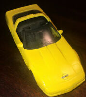 Chevrolet Corvette ZR1 (1992) Yellow 1:38 Scale Diecast Model Car Maisto no box