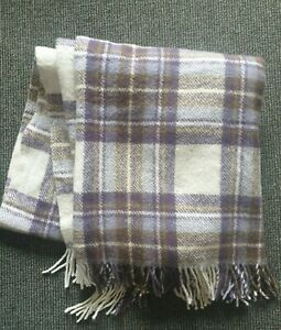 James Pringle Wool Blend Checked Tassel Rug / Blanket