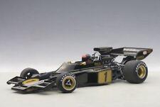 AUTOart 87328 - 1/18 Composite Lotus 72  E 1973 Fittipaldi #1 (with driver figur