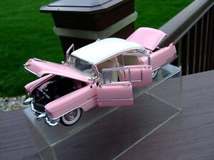 Franklin Mint 1/24th Scale 1955 Cadillac Fleetwood-` ELVIS PRESSLEY` EDITION