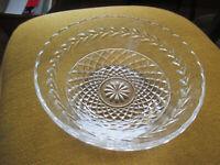 "VINTAGE WEXFORD DESIGN CLEAR GLASS BOWL 8"" ACROSS x 2 1/2"" T LAUREL DESIGN"