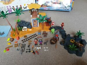 Playmobil 3938 Pirate Lagoon 99.8% Complete Boxed Condition