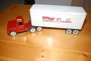 STRUCTO FLAVOR KIST COOKIES TRAILER WITH CUSTOM DUAL AXLE FORD TRUCK