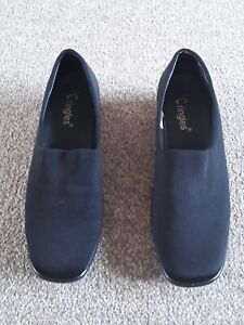 Ladies Black Shoes Size 7 Worn Once