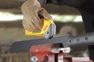 Smith's Axe & Machete Sharpener Pull Over Sharpener w Replaceable Carbide Blades