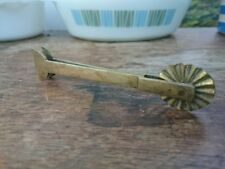VICTORIAN ANTIQUE BRASS CHEFS COOKS PASTRY JIGGER CRIMPER CUTTER WHEEL MARKER