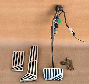 Toyota CROWN MAJESTA Accelerator Gas Brake Foot Rest Pedal Pad oem jdm used