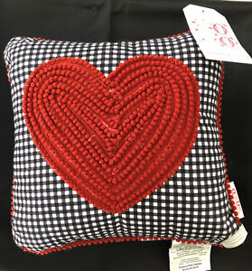 "Atira Designs XOXO Decorative Pillow Red Heart, Gingham Pattern 12"" x 12"" NEW"