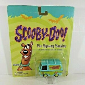 Johnny Lightning Scooby-Doo! The Mystery Machine Van  Cartoon Network  2002