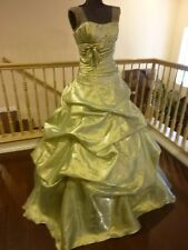 GORGEOUS SAGE GREEN STRAPLESS BALL GOWN PROM / PAGEANT DRESS