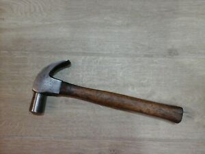 STANLEY 20oz HICKORY SHAFT CLAW HAMMER.