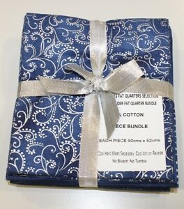 John Louden Fat Quarter Christmas Blue Bundle 5 Fat Quarters 50x52cm 100% Cotton