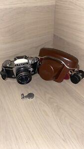 Exakta Varex IIa Version 5 Ihagee SLR Camera# 869944 Meyer Optik Domiplan 2.8/50