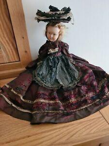 Antique Pretty Petit Colin french doll