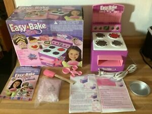 Vintage 2005 Easy Bake Oven With Original Box