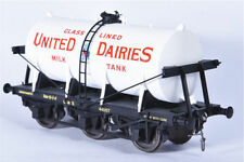 Dapol O Scale Model Train Carriages