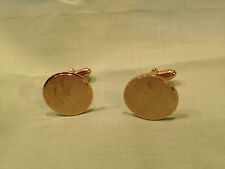 Vintage engravable cuff links,lightly worn if ever,very nice gold tone       J85