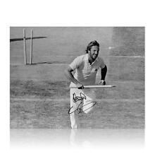 England cricket legend Sir Ian Botham signed 16 x 12 Ashes photograph