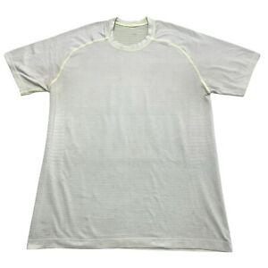 Lululemon Men's Medium Athletic Workout Gym Yoga Short Sleeve Grey Green T-shirt
