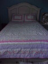 Pre-owned Pottery Barn Kids Full / Queen Quilt from Phoebe's bedding Collection