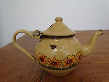 Q0881 Email Teekännchen - EMAILLE - KANNE - Kaffeekännchen - beige