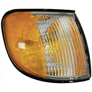 New Aftermarket Passenger Side Front Parking and Signal Lamp 0K08A51060