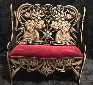 Handcrafted Wood Doll Sofa Bench for Resin Porcelain Fashion BJD