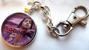 MABEL SINGER PHOTO KEY RING STRONG CHAIN SINGER  SILVER PLATED GIFT BOXED PARTY