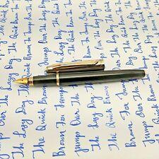 V'Sign Stride Black Fountain Pen (with Vintage Semi-Flex Nib Navy Pen Co. Japan)