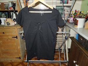 Ladies EMP Black Premium top size XXL IN BLACK.