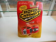 Road Champs 'Vette Corvette in Red on Blister