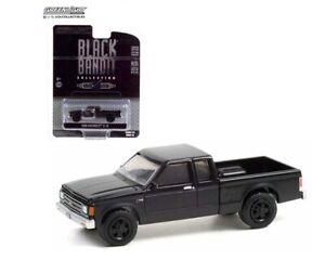 GREENLIGHT BLACK BANDIT SERIES 25 1:64 1988 CHEVROLET S-10 EXTENDED CAB 28070 C